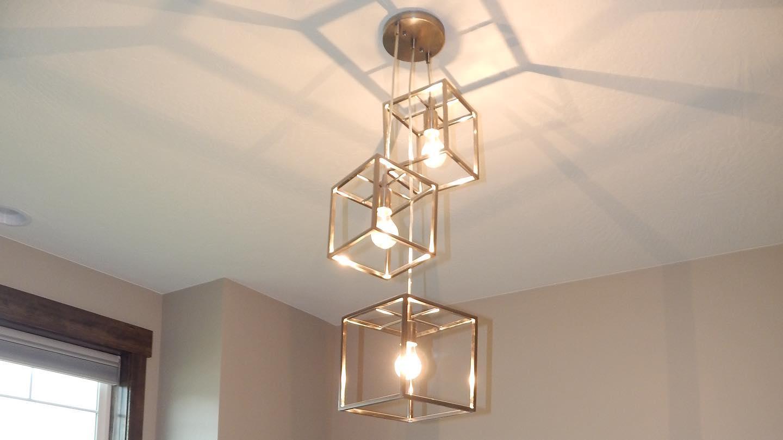 1_light-fixture-in-an-Edgell-home