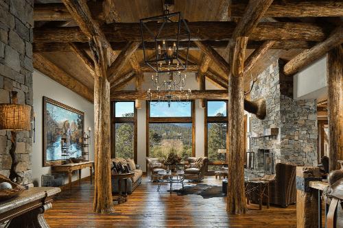Edgell-Building-Log-Home