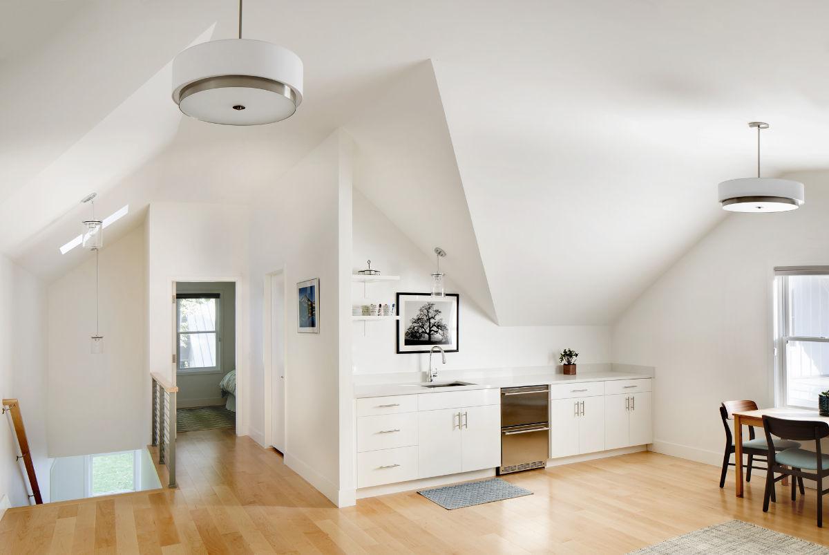 Edgell-custom-apartment-kitchen