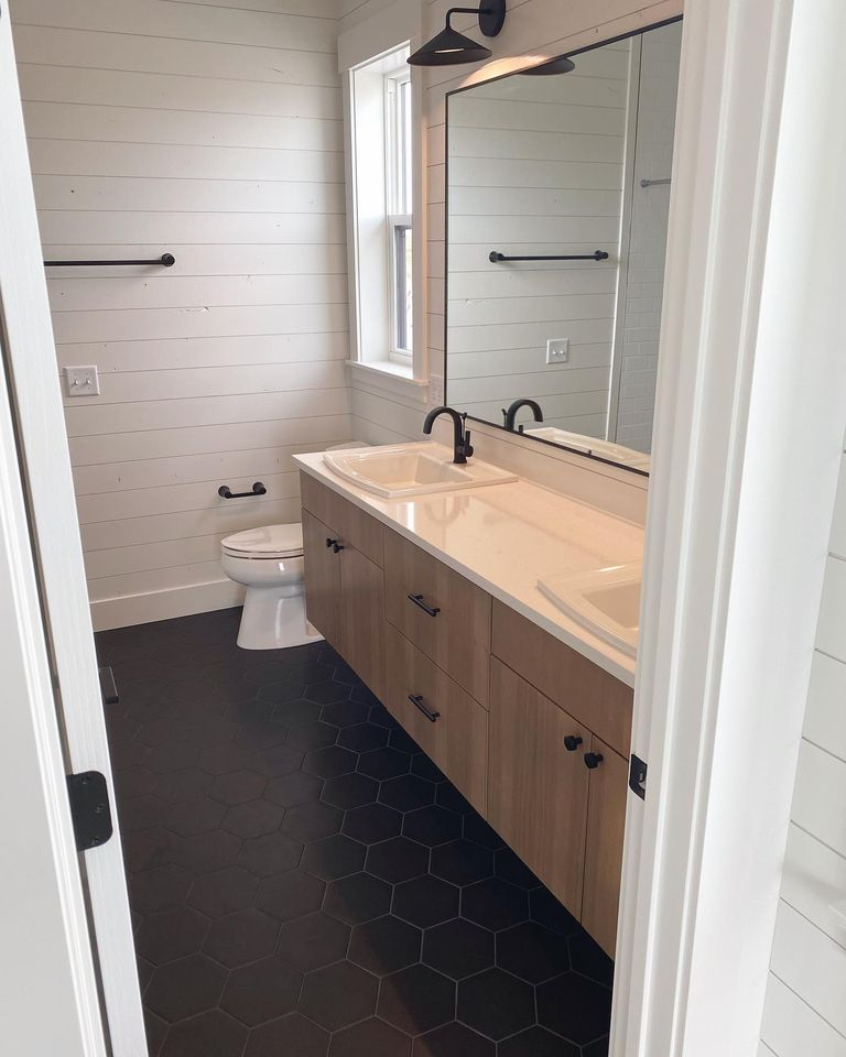 bathroom-with-dual-sinks-in-Edgell-home