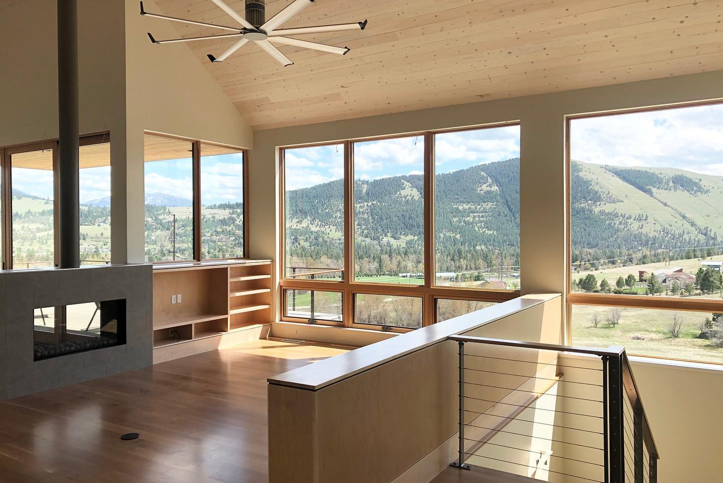 panoramic-picture-windows-in-Edgell-home