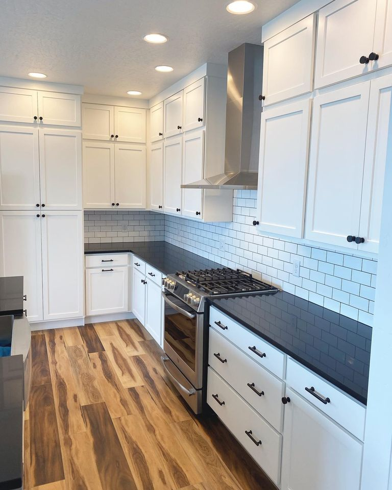white-kitchen-in-home-by-Edgell-Building