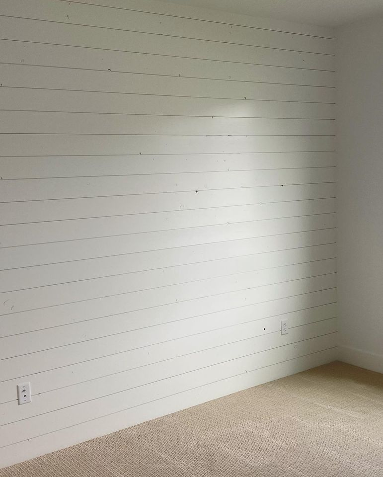 white-panel-wall-in-Edgell-home