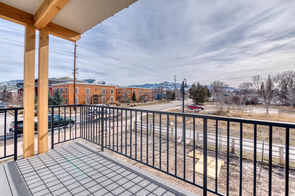 covered-deck-in-Edgell-built-townhome